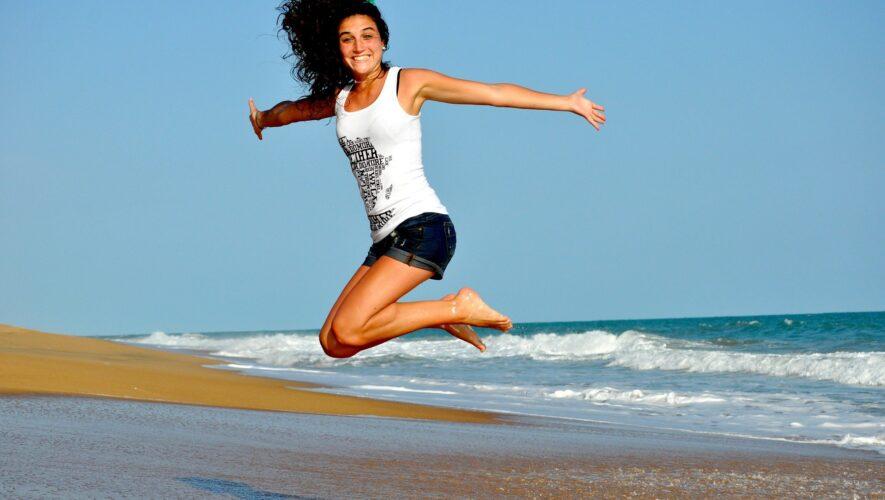Hop på strand