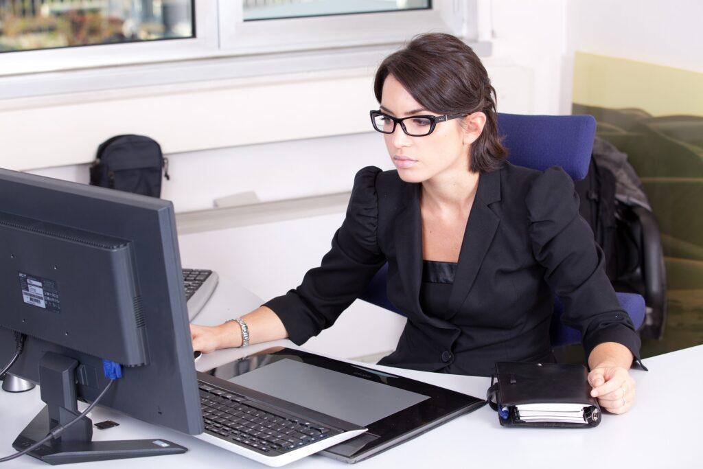 professionel regnskabshjælp